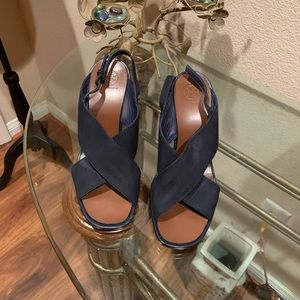Tory Burch navy blue leather/suede wedge